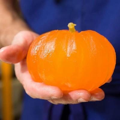 """Nos Melons entiers confits """"à coeur"""" sont glacés artisanalement depuis 1874."""