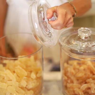 Aiguillettes d'écorces d'orange et de citron confites au sucre Léonard Parli